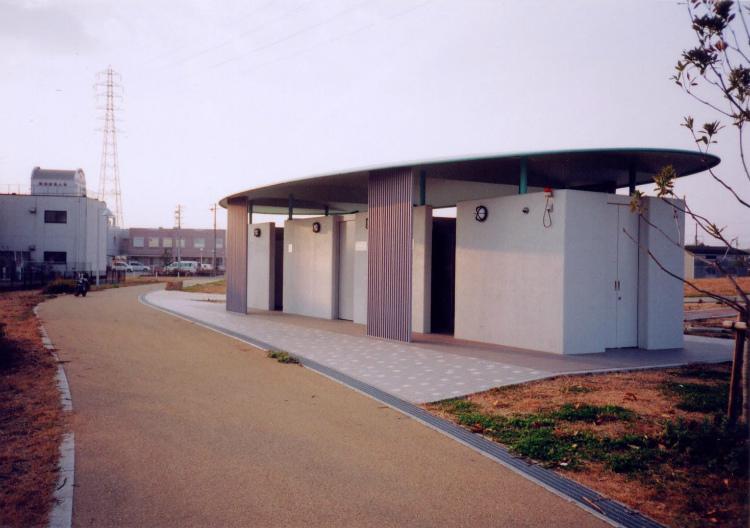 垣内公園公衆トイレ